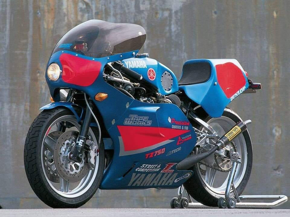 Click image for larger version.  Name:streetlegal TZ750.jpg Views:0 Size:92.7 KB ID:235930